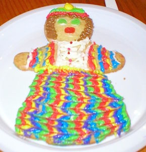 Tasty Men: Gingerbread Cookie Fun with Family | urbnspice.com
