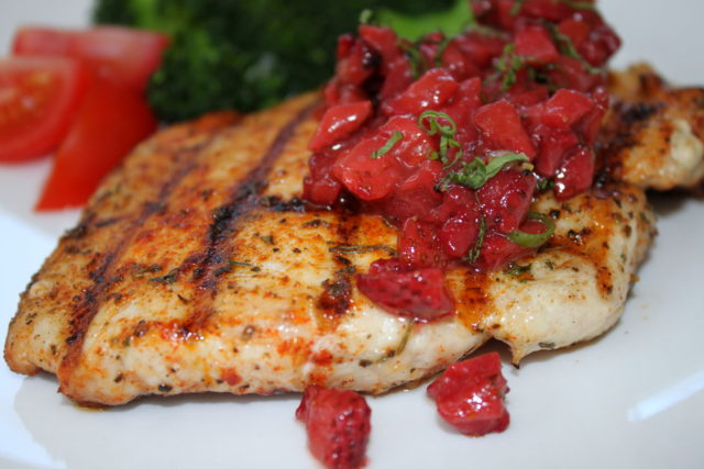 Roasted Strawberry Salsa on Grilled Chicken Breast | urbnspice.com