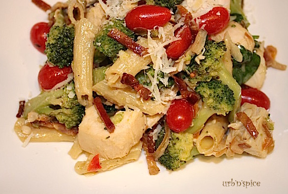 Herb and Garlic Chicken, Pancetta and Broccoli Pasta | urbnspice.com