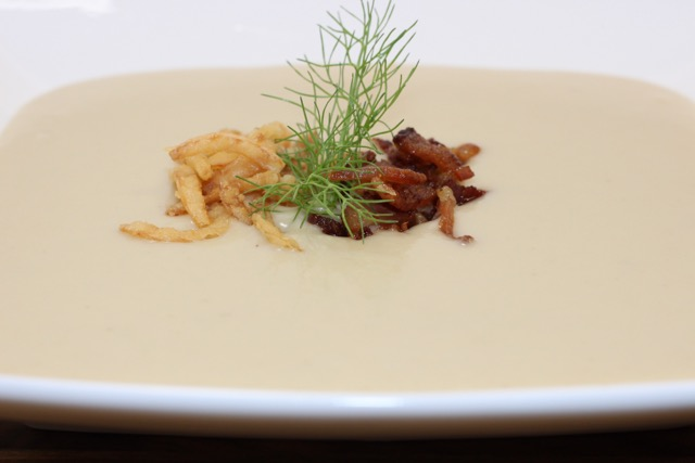 Cream of Fennel and Gruyere Soup Fennel Garnished with Crispy Onion and Bacon Bits | urbnspice.com