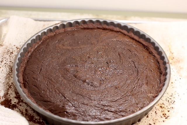 Decadent Dark Chocolate Tart | urbnspice.com