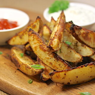 Savoury Potato Wedges | urbnspice.com