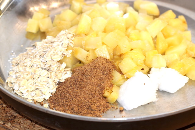 Caramelized Pineapple Ingredients | urbnspice.com