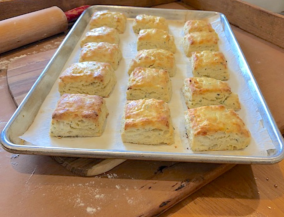 Asiago Cheese and Chive Scones | urbnspice.com