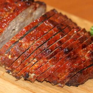 Sliced Meatloaf on a Wooden Board | urbnspice.com